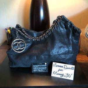 Handbags - Chanel Coco Cabas XL